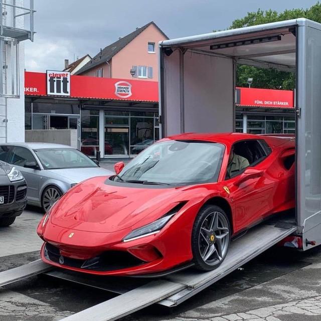 Ferrari F8 Spider thứ 2 về Việt Nam, ngoại hình dễ gây nhầm lẫn với F8 Tributo của Nguyễn Quốc Cường - Ảnh 2.