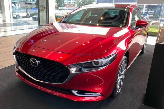 Mazda3 thêm phiên bản đặc biệt tại Việt Nam: Giá 869 triệu đồng, sản xuất giới hạn chỉ 40 chiếc - Ảnh 3.