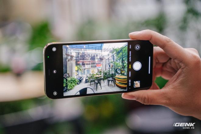 Cảm nhận nhanh về iPhone 12 Pro: Đẹp, nhưng không đáng tiền - Ảnh 7.