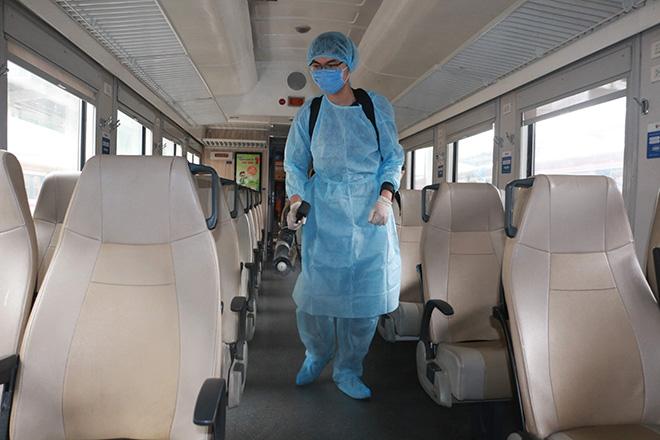 Chuyên gia Hàn Quốc dương tính lần 1 với SARS-CoV-2 sau khi rời TP.HCM, cách ly 38 người - Ảnh 1.