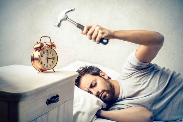 Tin xấu cho các bậc thầy ngủ nướng: Đặt báo thức cách nhau 5 - 10 phút sẽ khiến bạn hối hận! - Ảnh 2.