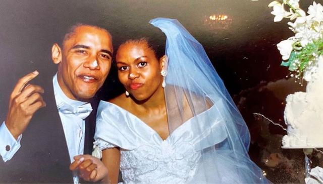 Michelle Obama: Chọn chồng như chọn đồng đội chơi bóng rổ, hôn nhân khó khăn không đồng nghĩa với bỏ cuộc - Ảnh 2.