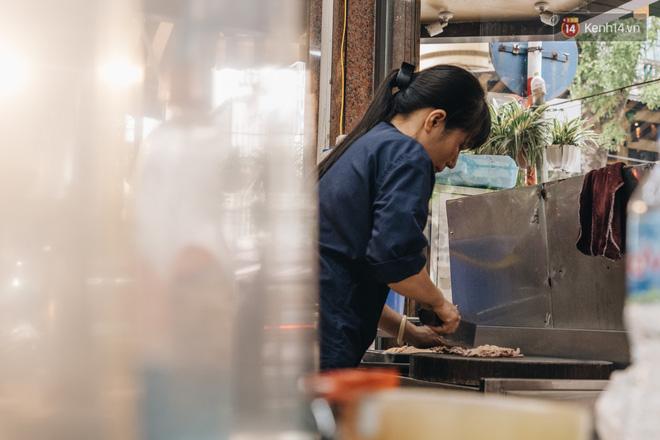 Hàng xôi Yến 'huyền thoại' ở Hà Nội với lời đồn bán được 2 tỷ mỗi tháng, từng gây xôn xao vì 'vỡ nợ' giờ ra sao? - ảnh 2