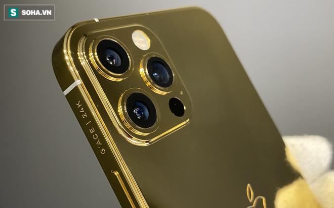 Tiết lộ của người đầu tiên mạ vàng iPhone 12 Pro, giá 106 triệu đồng