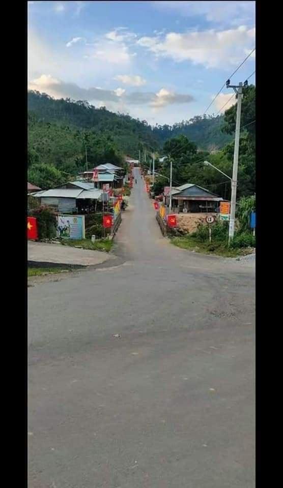 Hiện trường tìm kiếm nạn nhân bị vùi lấp trong thảm họa sạt lở ở Trà Leng, Nam Trà My - Ảnh 7.