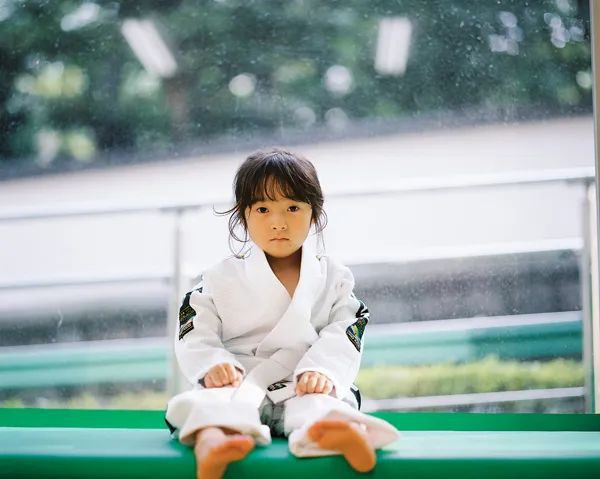 Bố Nhật cùng con gái bị bệnh tim bẩm sinh chiến đấu suốt 10 năm: Bố chẳng cần gì, chỉ cần con sống và 10.000 bức ảnh cảm động lòng người - Ảnh 13.