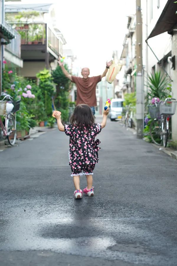 Bố Nhật cùng con gái bị bệnh tim bẩm sinh chiến đấu suốt 10 năm: Bố chẳng cần gì, chỉ cần con sống và 10.000 bức ảnh cảm động lòng người - Ảnh 18.