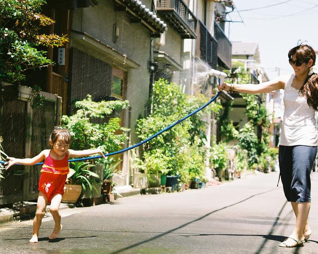 Bố Nhật cùng con gái bị bệnh tim bẩm sinh chiến đấu suốt 10 năm: Bố chẳng cần gì, chỉ cần con sống và 10.000 bức ảnh cảm động lòng người - Ảnh 3.