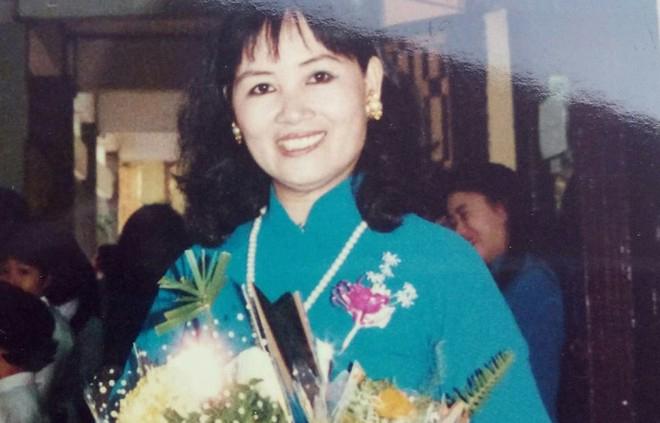Chân dung người vợ tào khang, ít khi xuất hiện của nhạc sĩ Trần Tiến - Ảnh 1.