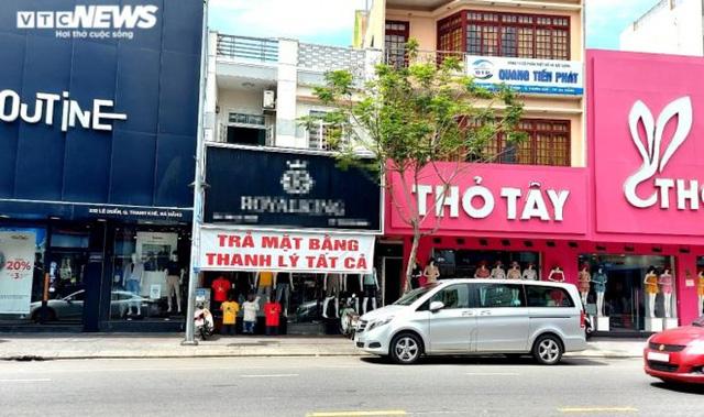 Dân kinh doanh ở Đà Nẵng đồng loạt trả mặt bằng, lay lắt chờ Tết - Ảnh 1.