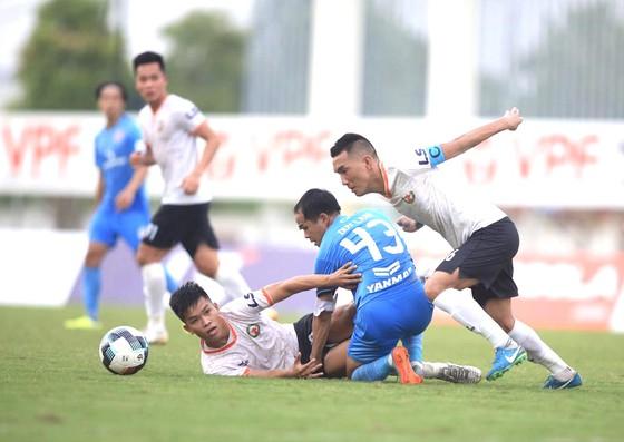 Cuộc đua thăng hạng V-League: Cẩn thận! Đội Bình Định đang 'phi mã' - Ảnh 2.