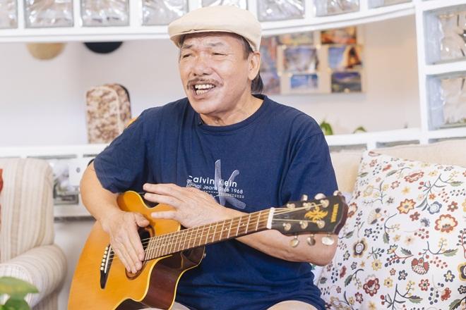 Nhạc sĩ Trần Tiến lần đầu lên tiếng về sức khoẻ: Tin vịt đấy, tôi chỉ bị yếu 1 bên mắt thôi - Ảnh 1.
