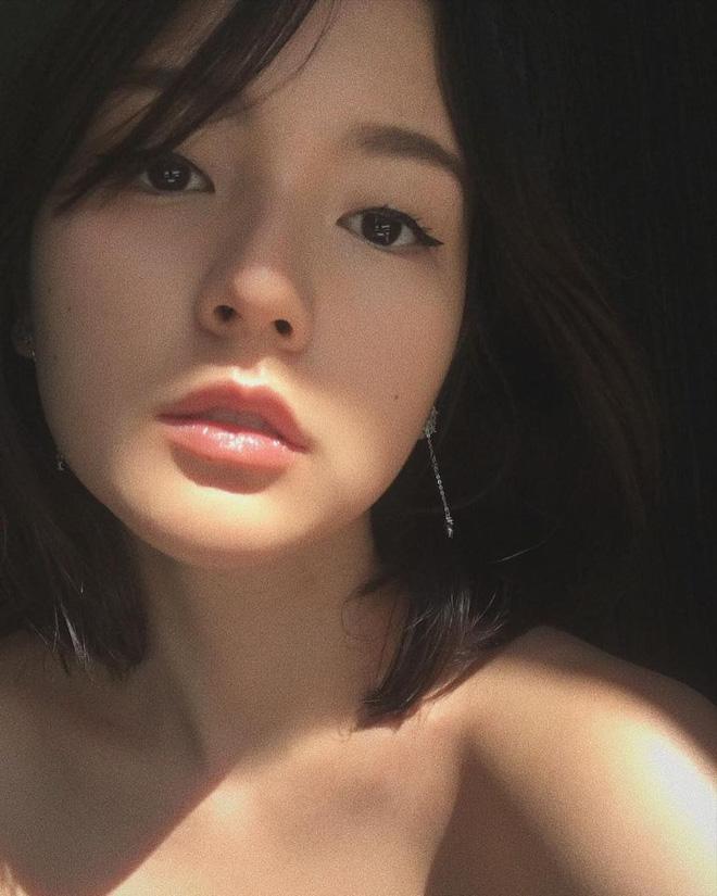 So ảnh mặt mộc với khi make up của Hải Tú để thấy nét đẹp gà nhà Sơn Tùng M-TP đỉnh thế nào - Ảnh 8.
