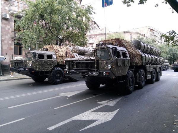 Xung đột Azerbaijan - Armenia nóng rực: UAV chơi lớn, tên lửa S-300 lập kỳ tích lịch sử - Ảnh 3.