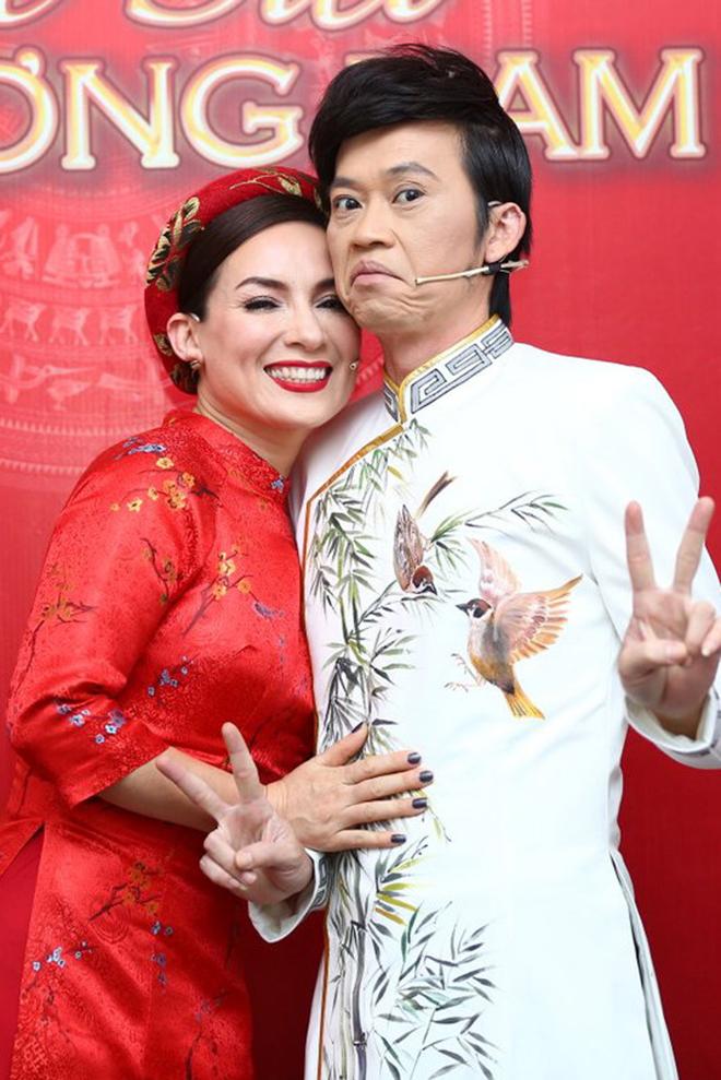 Tình duyên trắc trở của nữ ca sĩ từng sang tận nhà xin cưới Hoài Linh - Ảnh 3.