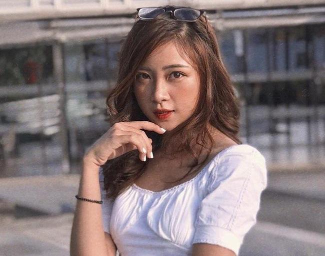 Vợ Phan Văn Đức khoe dáng nuột nà, gợi cảm sau sinh - Ảnh 4.