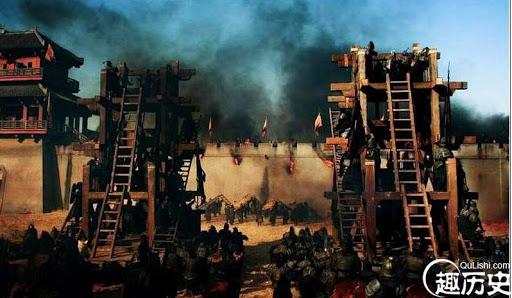 Thời cổ đại, chỉ cần hạ được cổng thành là nắm chắc thắng lợi, vì sao phe tấn công ít khi chọn cách đốt luôn cổng thành? - Ảnh 2.