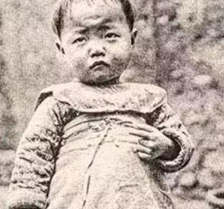 9 bức ảnh lột tả cuộc sống của người dân khi Từ Hy thái hậu nắm quyền cai trị Thanh triều, bức ảnh thứ 2 gây ám ảnh - Ảnh 4.