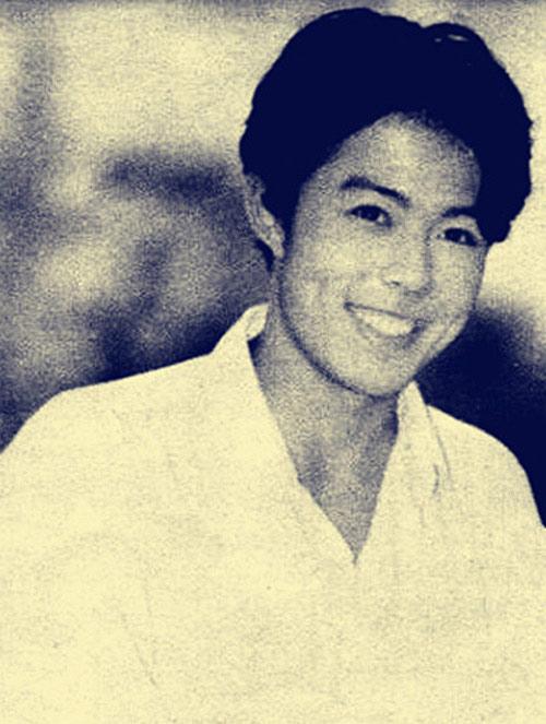 Ảnh thời trẻ như nam thần của Hoàng A Mã Trương Thiết Lâm - Ảnh 3.