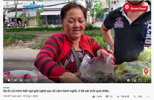 """Người phụ nữ bán ốc luộc hot nhất Sài Gòn bị dân mạng chỉ trích dữ dội vì """"tự phá bỏ lời thề"""", gian dối với khán giả YouTube? - Ảnh 3."""