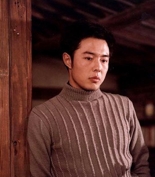 Ảnh thời trẻ như nam thần của Hoàng A Mã Trương Thiết Lâm - Ảnh 8.