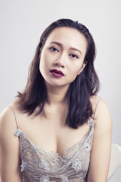 Khánh Linh tiết lộ về mối quan hệ với con riêng của chồng 2 và cuộc sống ở tuổi 37 - Ảnh 2.