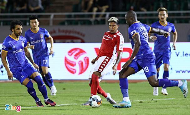 Cầu thủ đầu tiên của CLB Quảng Nam tuyên bố rời đội; Juventus muốn bán Ronaldo - Ảnh 1.
