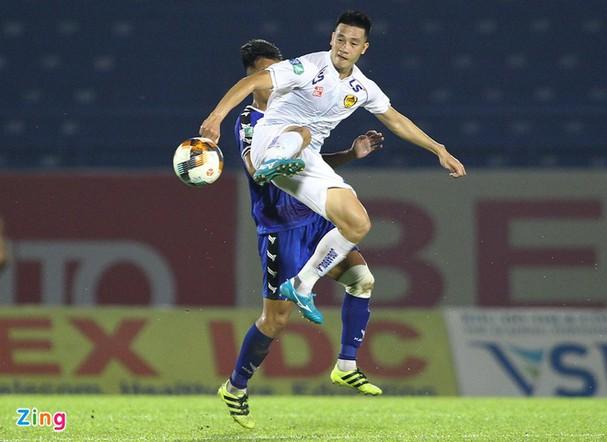 Cầu thủ đầu tiên của CLB Quảng Nam tuyên bố rời đội; Juventus muốn bán Ronaldo - Ảnh 2.
