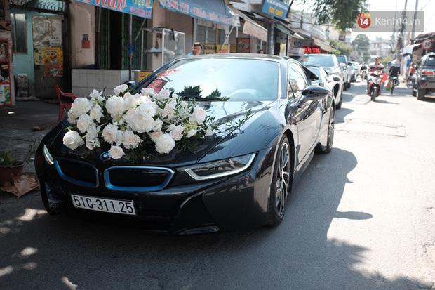 Dàn xe hơn 20 tỷ trong đám cưới streamer giàu nhất Việt Nam, nổi nhất là xe chú rể và em họ Diệp Lâm Anh - ảnh 2