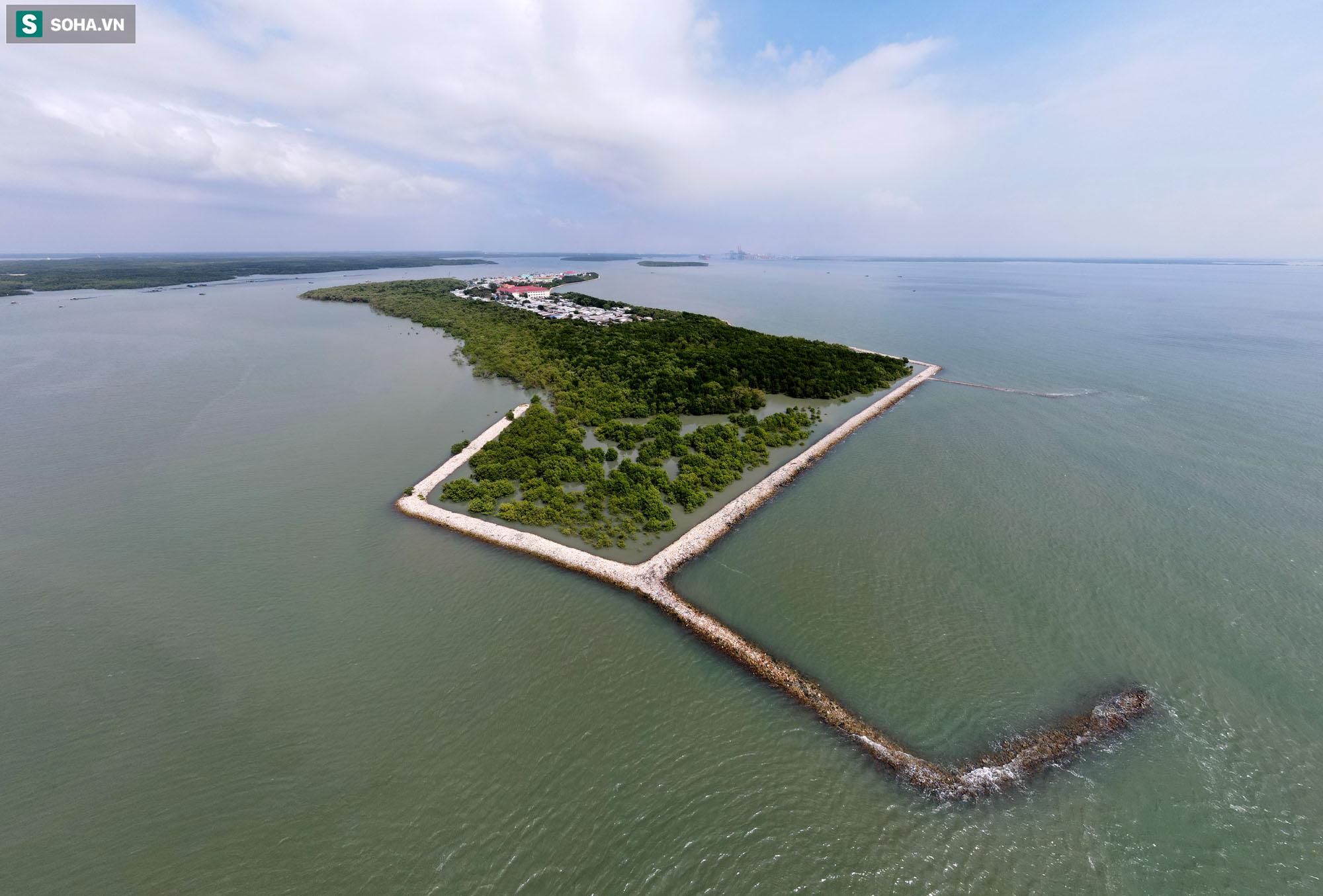 Nằm giữa biển Cần Giờ có một hòn đảo đẹp ngỡ ngàng, hoang sơ, rất ít người biết ở TP.HCM - Ảnh 21.
