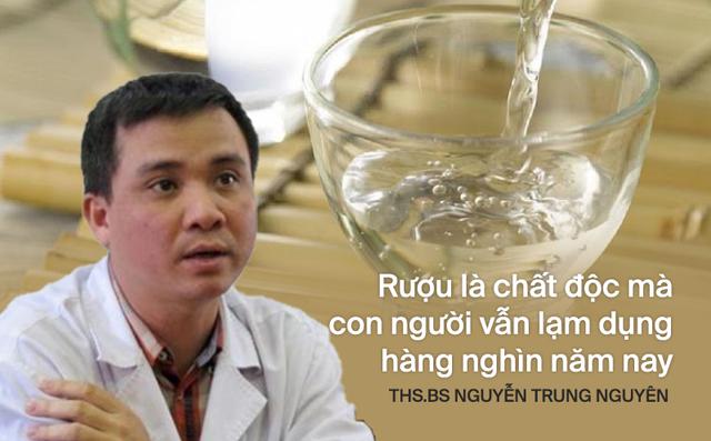 Trung tâm Chống độc BV Bạch Mai chỉ đích danh 2 loại rượu ở Bắc Giang liên quan tới vụ tử vong do rượu - Ảnh 2.