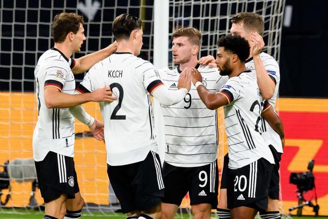 Đức đả bại Ukraine, HLV Joachim Low ca ngợi bom tấn của Chelsea - Ảnh 1.
