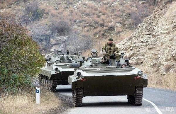Chiến sự Azerbaijan và Armenia: Tổng thống Putin xuất chiêu kịp thời - Cú ra đòn quyết định rất cao tay - Ảnh 2.