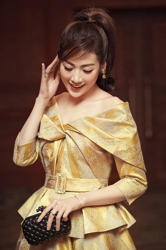 Tú Anh kể chuyện bị đồn là cháu ruột cha đẻ Hoa hậu Việt Nam - Ảnh 3.