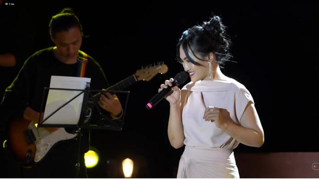 Nguyên Hà thích hát tại WOW Sunset Show vì kiểu gì cũng có hình đẹp, Lê Hiếu bật mí ca khúc bắt trúng tâm trạng khi yêu - Ảnh 18.