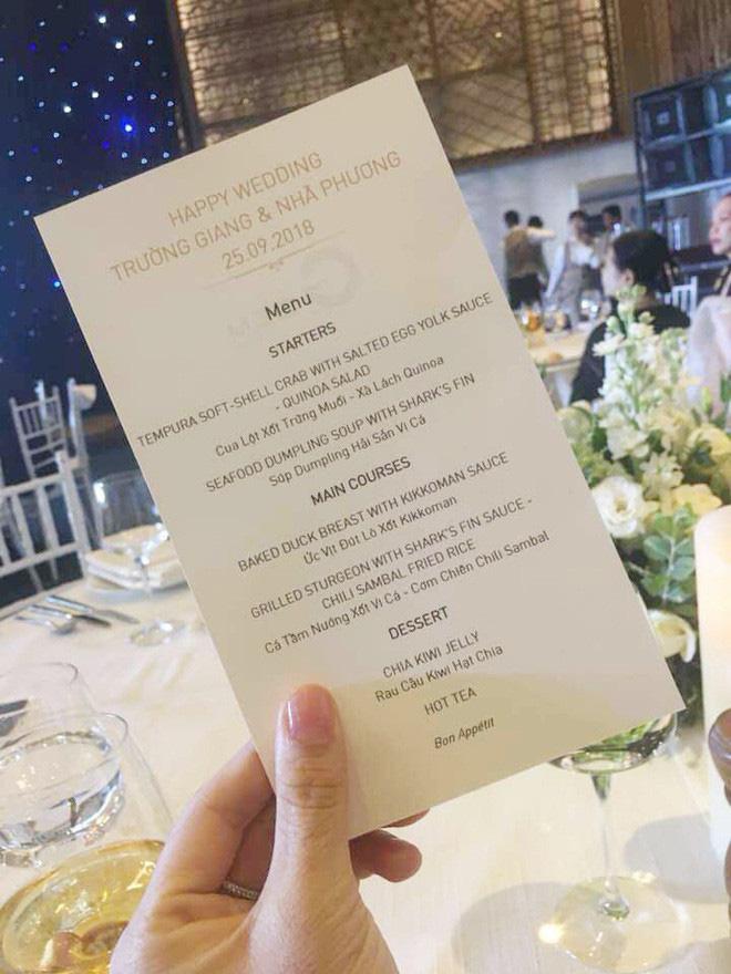 Đọ thực đơn đám cưới Công Phượng với Trấn Thành, Trường Giang: độ sang chảnh không hề kém cạnh? - ảnh 5