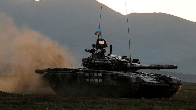 """Armenia đã phải ký hiệp định hòa bình với Azerbaijan bằng """"một phát súng dí vào đầu""""! - Ảnh 1."""