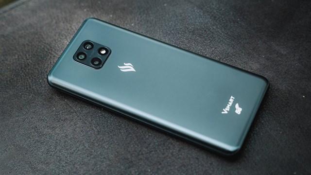 Dàn điện thoại Vsmart giảm giá tới bến, chiếc Aris Pro rẻ hơn tới 2,3 triệu đồng - Ảnh 2.
