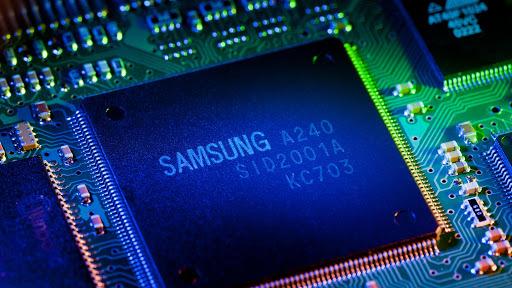 Samsung dùng 116 tỷ USD đốt cháy cuộc đua chip với TSMC - Ảnh 1.