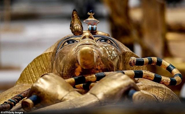 Kết cục rùng rợn của những người mở quan tài xác ướp Ai Cập - Ảnh 1.