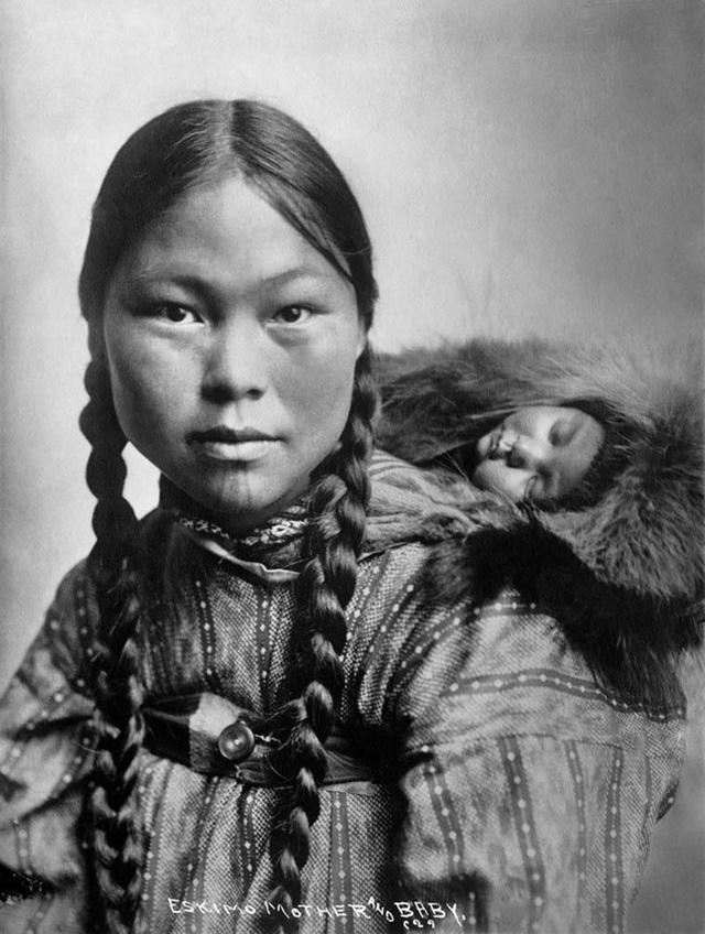 Chuyện thật có 1-0-2: Phụ nữ Eskimo được chồng đem ra tiếp khách để thể hiện lòng hiếu khách, thoải mái cho ngủ chung với người lạ - Ảnh 3.