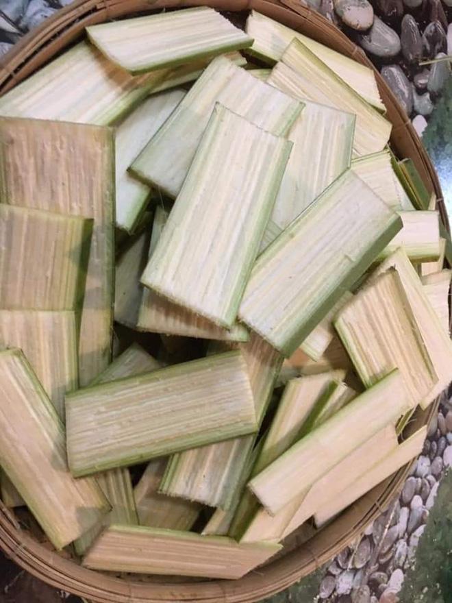 """Dân mạng bồi hồi nhớ về chiếc muỗng """"huyền thoại"""" của làng ẩm thực Việt, trông cực lạ lẫm nhưng cứ ăn món này là không thể thiếu - ảnh 7"""
