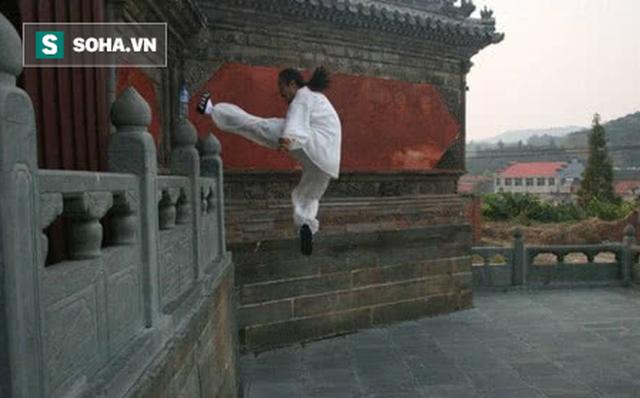 """Thực hư việc Đệ nhất vệ sĩ Trung Quốc"""" điểm huyệt giết chết đối thủ, có tài một địch mười - Ảnh 3."""