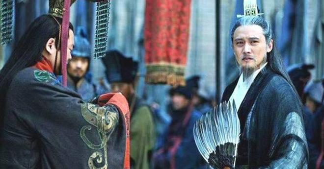Nổi tiếng khôn ngoan mưu lược lại có nhiều con trai, hà cớ gì Lưu Bị lại truyền ngôi cho người bị cho là vô dụng như Lưu Thiện? - Ảnh 4.