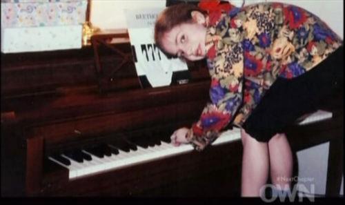 Lady Gaga và cuộc đời quá nhiều cay đắng: Bị xâm hại, sỉ nhục cả thế xác lẫn tâm hồn - Ảnh 2.