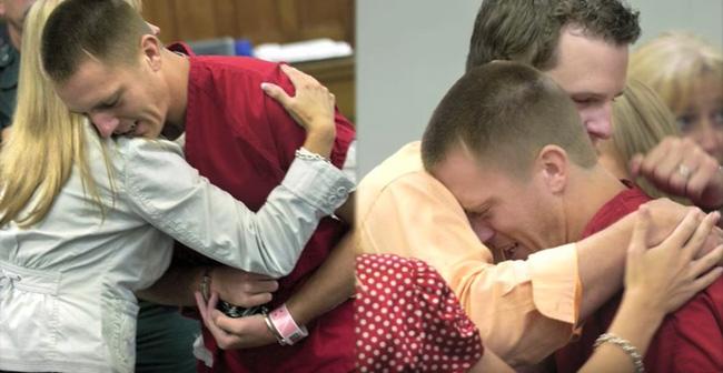 Say xỉn vẫn đòi lái xe, người đàn ông gây tai nạn giết chết 2 cô gái, 2 năm sau, mẹ của nạn nhân khiến tên tội phạm bật khóc tại tòa - Ảnh 3.