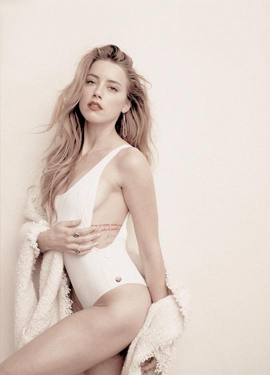 Amber Heard: Người đẹp đào mỏ khiến cuộc đời Johnny Depp lao đao - Ảnh 3.