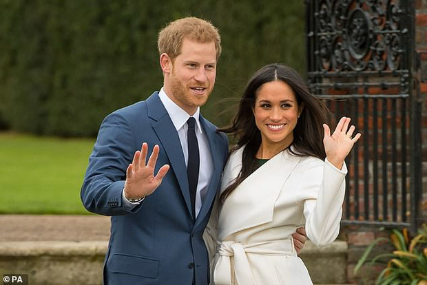 Hoàng gia Anh gây xôn xao khi có động thái ngay trong đêm nhằm dứt khoát loại bỏ vợ chồng Meghan Markle ra khỏi gia tộc - Ảnh 1.