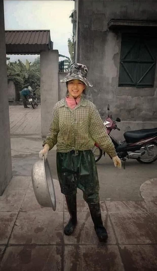 Hình ảnh Hoa hậu Việt Nam làm nông gây sốt MXH, Đỗ Thị Hà trải lòng về quá khứ ra sao? - Ảnh 1.
