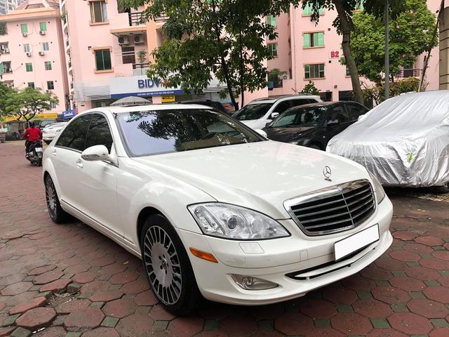Độ kiểu Maybach, Mercedes-Benz S 550 cũ vẫn có giá rẻ hơn Toyota Corolla Altis cả chục triệu đồng - Ảnh 4.